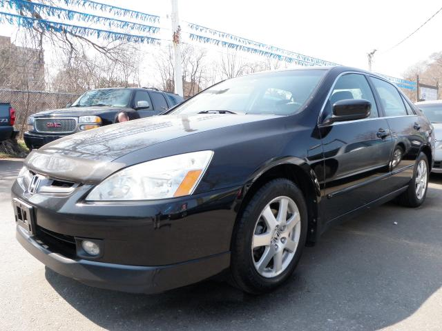 Vehicle details for 2005 honda accord black