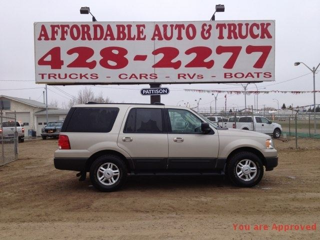 2004 Ford Expedition XLT in Edmonton, Alberta