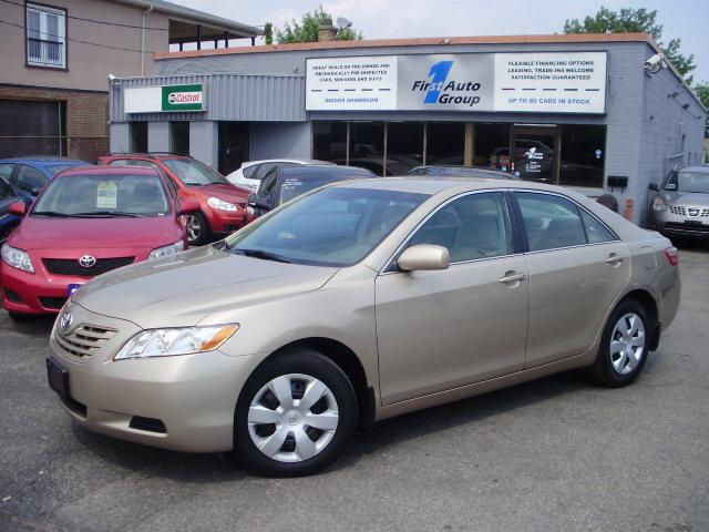 2009 toyota camry le etobicoke ontario used car for sale 962661. Black Bedroom Furniture Sets. Home Design Ideas