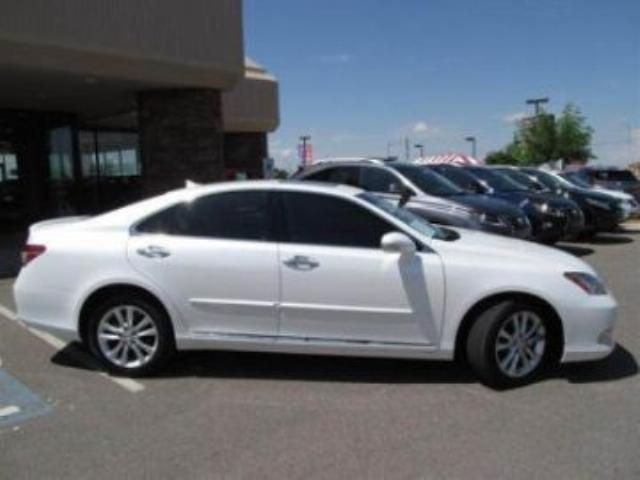 2011 lexus es 350 mississauga ontario used car for sale 998757. Black Bedroom Furniture Sets. Home Design Ideas
