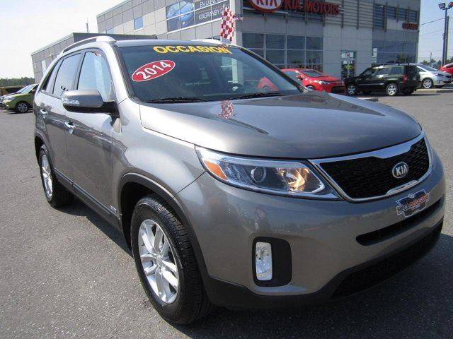 used 2014 kia sorento lx v6 awd 7 places a qui la. Black Bedroom Furniture Sets. Home Design Ideas