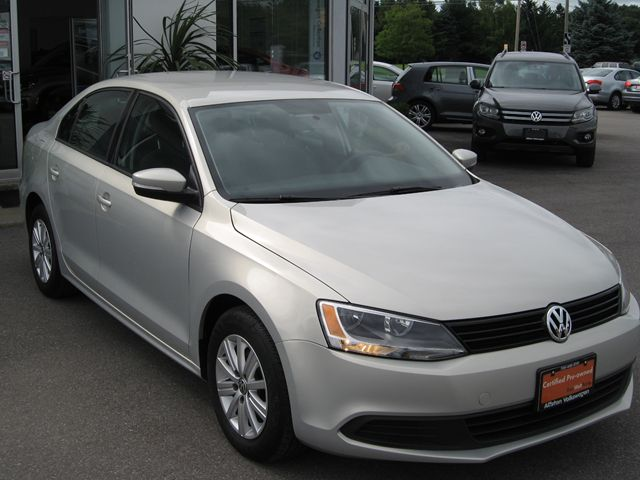 2011 VOLKSWAGEN Jetta Comfortline in Alliston, Ontario