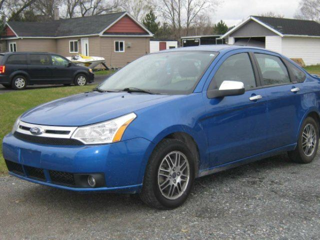 used 2010 ford focus se 4dr sedan chelmsford. Black Bedroom Furniture Sets. Home Design Ideas