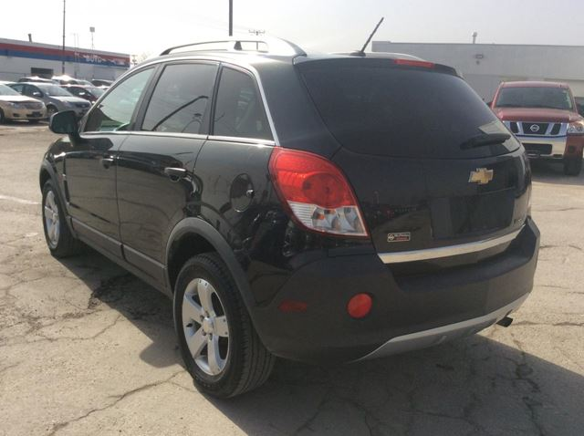 used 2012 chevrolet captiva ls w 2ls winnipeg. Black Bedroom Furniture Sets. Home Design Ideas