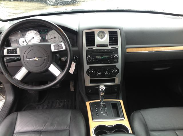 facelift pictures first news official chrysler by car interior magazine