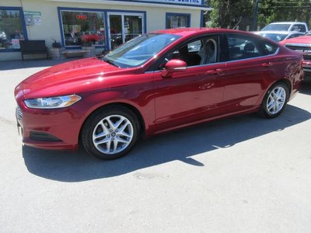 used 2014 ford fusion fuel efficient se model 5 passenger sync techno bradford. Black Bedroom Furniture Sets. Home Design Ideas