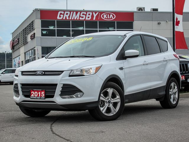 2015 FORD Escape ESCAPE TO WHEREVER YOU WANT TO GO!!! in Grimsby, Ontario