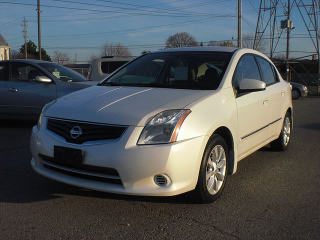 2010 NISSAN Sentra 2.0 in London, Ontario