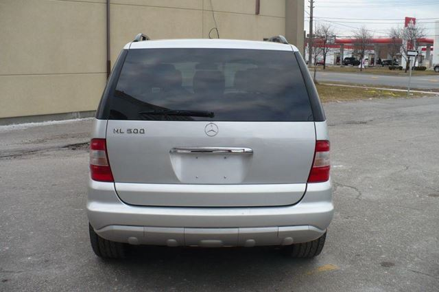 Used 2005 mercedes benz ml500 5 0l toronto for Used mercedes benz toronto