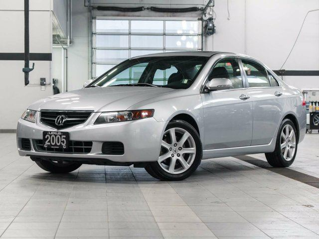 https://media.wheels.ca/vehicles/2640/2410037/2005-Acura-TSX-2410037-1-sm.jpg