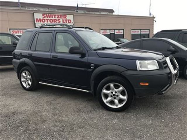 USED 2003 Land Rover Freelander V-6 cy LOW KMS ....SUNROOF, LIKE NEW