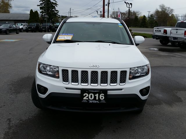 used 2016 jeep compass north 4x4 back up camera 75. Black Bedroom Furniture Sets. Home Design Ideas