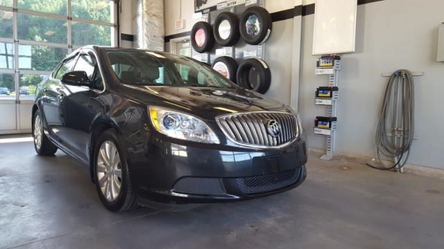 2013 Buick Verano Base in