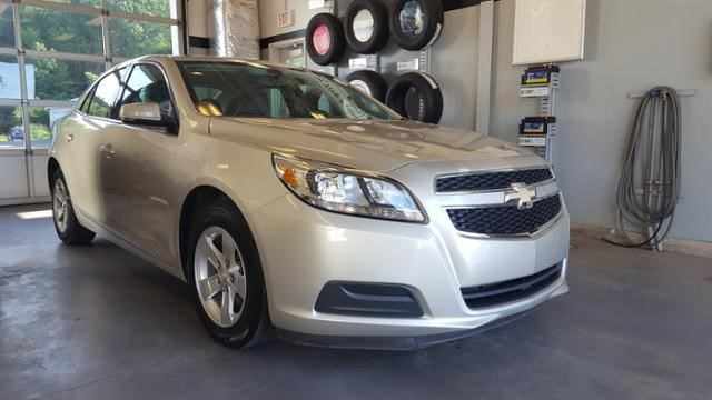 2013 Chevrolet Malibu LS in