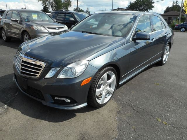 2011 MERCEDES-BENZ E-Class E 350 AWD in Hamilton, Ontario