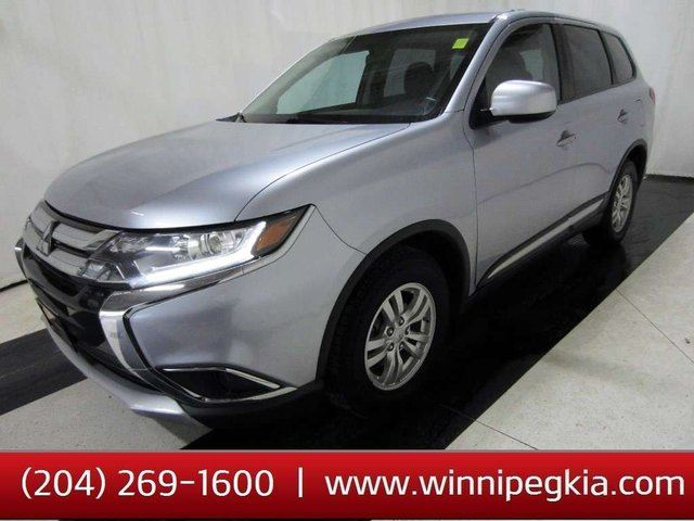 2017 MITSUBISHI Outlander ES 4WD *Accident Free, Always Owned In MB!* in Winnipeg, Manitoba
