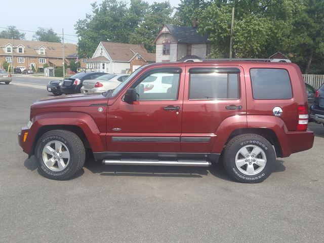 used 2009 jeep liberty north 4x4 port colborne. Black Bedroom Furniture Sets. Home Design Ideas