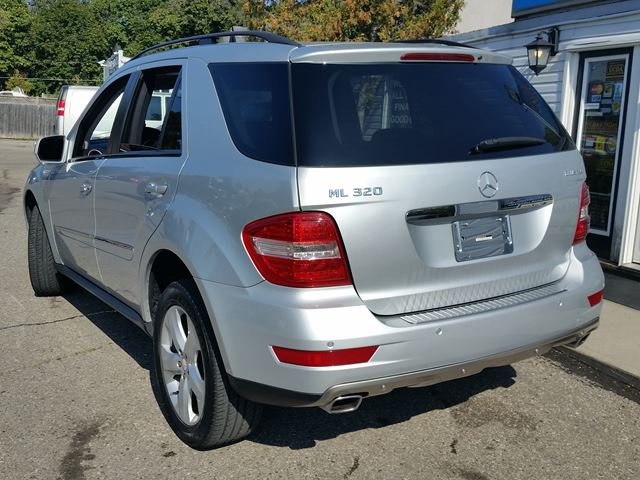 Used 2009 mercedes benz m class bluetec with navi all for 2009 mercedes benz e320 bluetec for sale