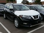 2017 Nissan Rogue SV in Mississauga, Ontario