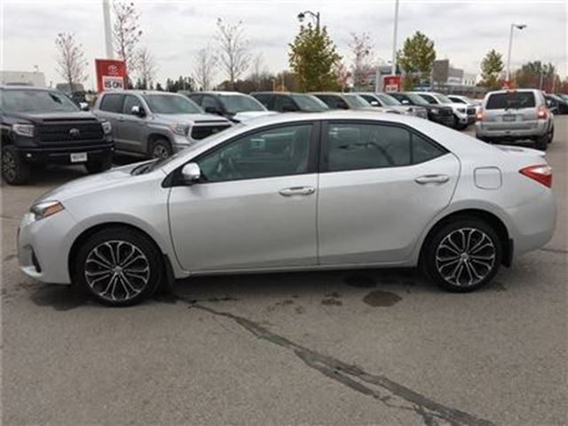 used 2014 toyota corolla s technology package full loaded off lease stouffville. Black Bedroom Furniture Sets. Home Design Ideas