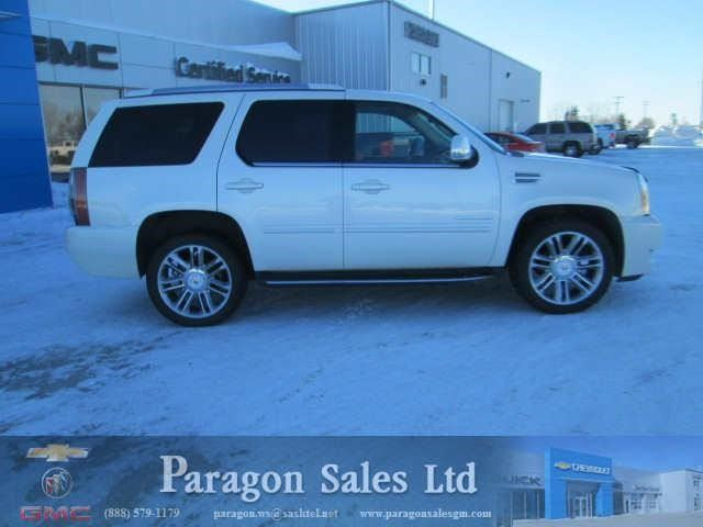 2013 Cadillac Escalade           in