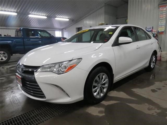 2017 TOYOTA Camry SE in Tracadie-Sheila, New Brunswick