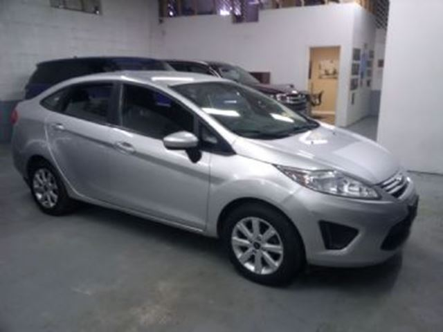 2013 FORD Fiesta SE in Mississauga, Ontario