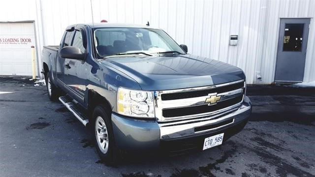 2011 Chevrolet Silverado 1500 LS Cheyenne Edition in
