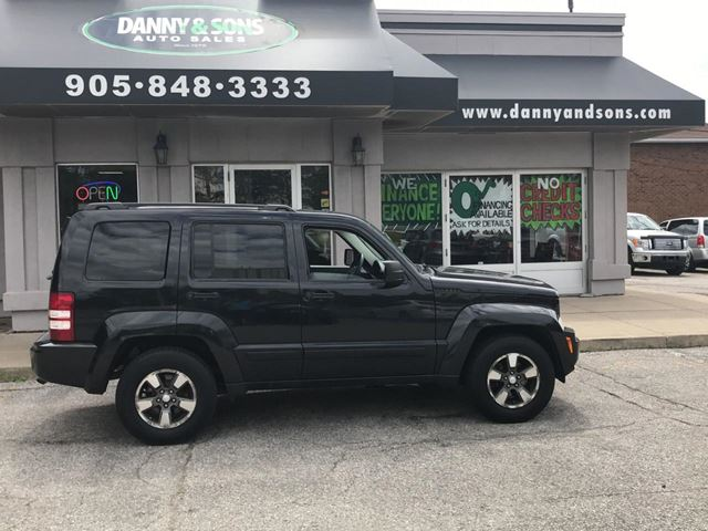 2008 JEEP Liberty Sport in Mississauga, Ontario