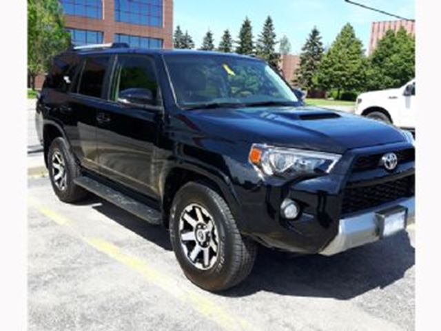 2018 TOYOTA 4Runner 4WD w/TRD Offroad Package in Mississauga, Ontario