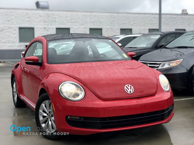 2014 Volkswagen New Beetle 1 8T A/T CD Player AUX Sunroof A