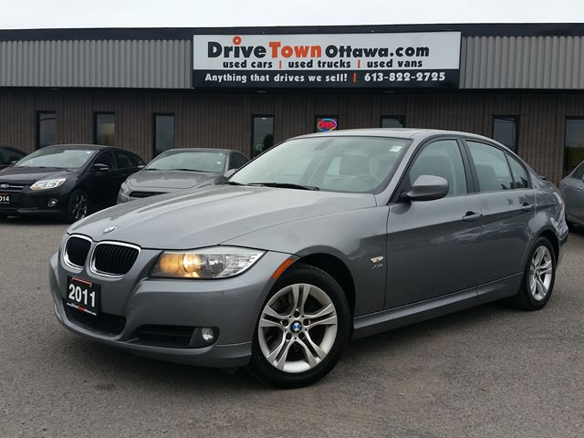 2011 BMW 3 Series 328i xDrive AWD in Ottawa, Ontario