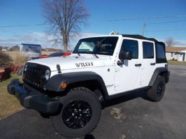 2017 JEEP Wrangler Unlimited 4WD Sport Willys Wheeler Package in Mississauga, Ontario