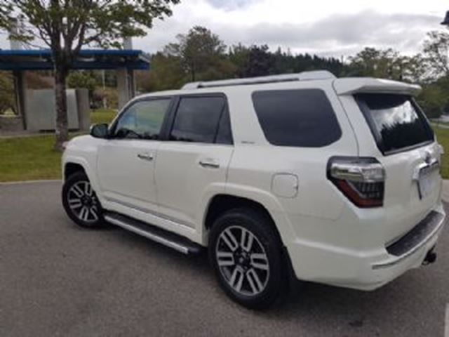 2018 TOYOTA 4Runner AWD LIMITED 7 PASSENGER w/Remote Starter in Mississauga, Ontario