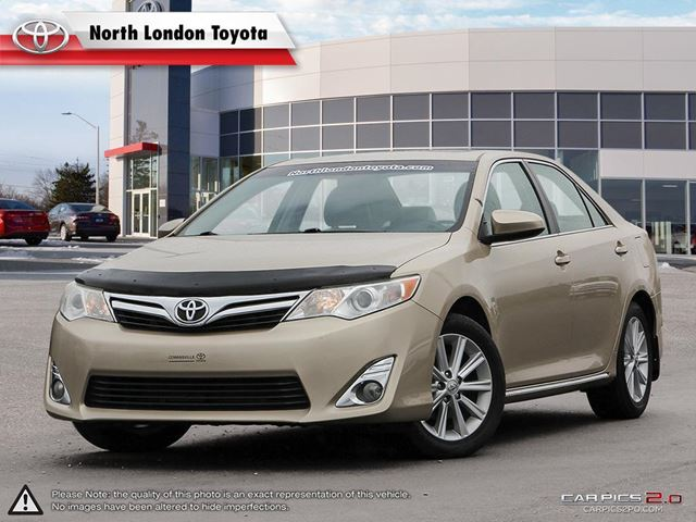 2012 TOYOTA Camry XLE V6 Spacious interior and top safety scores - Edmunds.com in London, Ontario