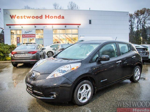 2015 NISSAN Leaf SV Zero emissions Quick charge in Port Moody, British Columbia