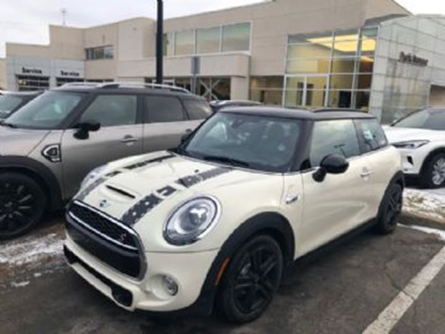2016 MINI Cooper S-WITH HEADS UP DISPLAY & ADAPTIVE CRUISE in Mississauga, Ontario