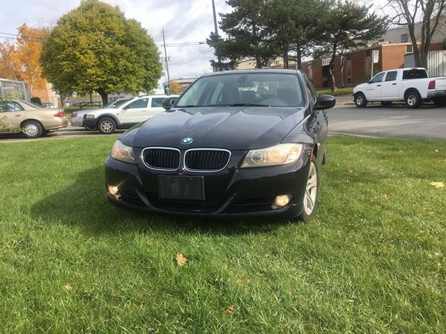 2011 BMW 3 Series 328i xDrive Classic Edition in North York, Ontario
