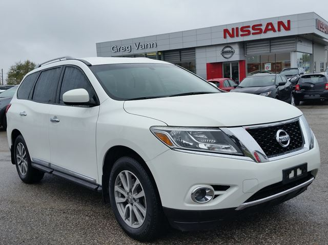 2014 NISSAN Pathfinder SL 4x4 w/all leather,climate ctrl,heated seats,3rd row seating in Cambridge, Ontario