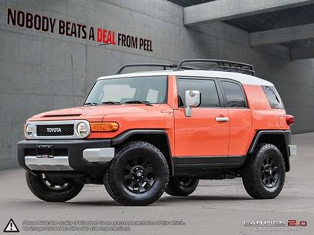 2013 TOYOTA FJ Cruiser Off Road Pkg*Camera*NO Accidents*5 New Tires in Mississauga, Ontario