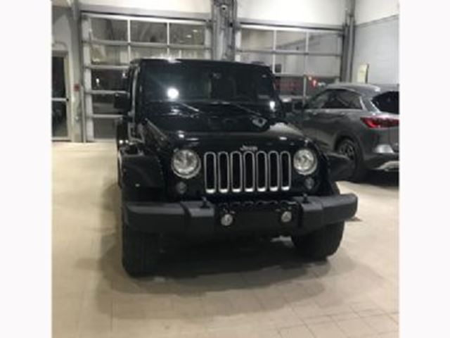 2016 JEEP Wrangler Unlimited Sahara 3.6 4X4 4 Door Loaded in Mississauga, Ontario
