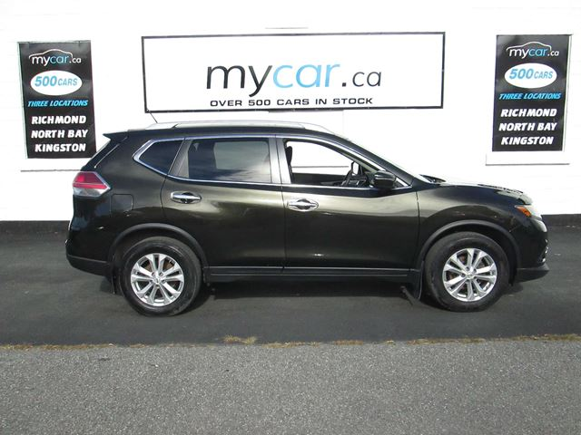 2015 Nissan Rogue SV SUNROOF, HEATED SEATS, BACKUP CAM, AWD!! in