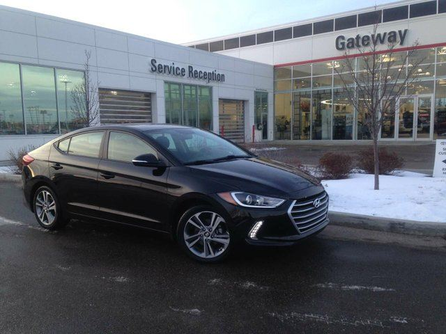 2017 HYUNDAI Elantra SE Heated Seats & Steering, Sunroof, Backup Cam in Edmonton, Alberta