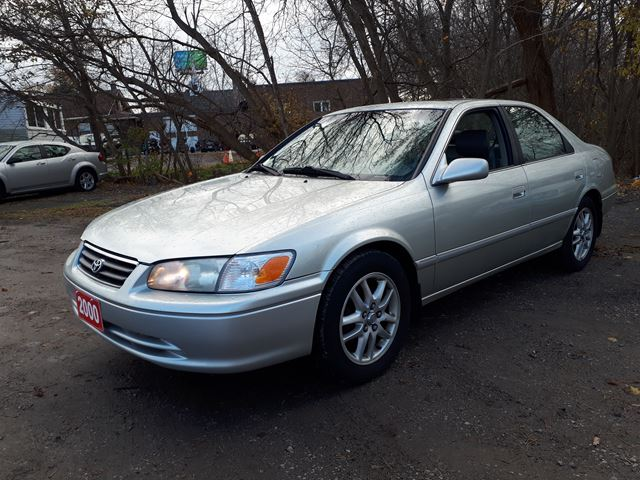 2000 Toyota Camry XLE,certified in