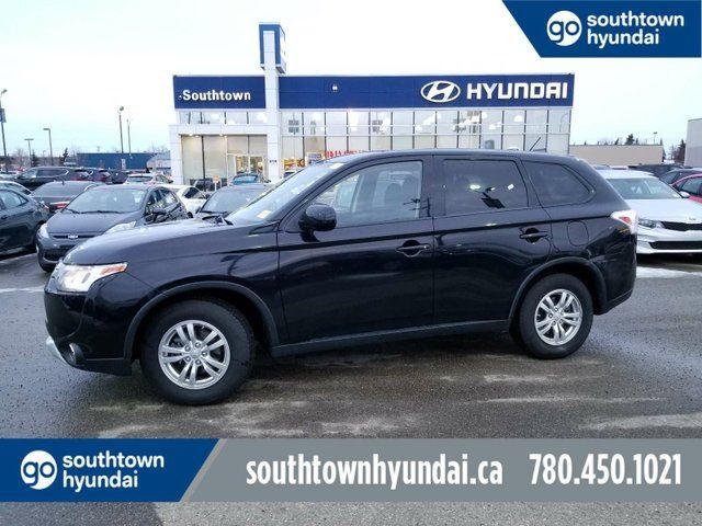 2015 MITSUBISHI Outlander ES/AWD/HEATED SEATS/BLUETOOTH in Edmonton, Alberta