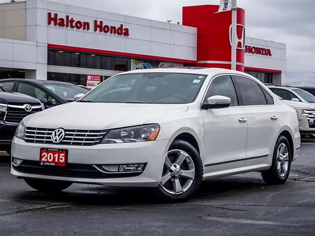 2015 VOLKSWAGEN Passat TDINO ACCIDENTS in Burlington, Ontario