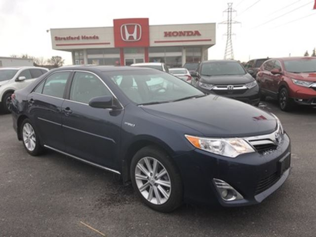 2014 Toyota Camry Hybrid XLE in