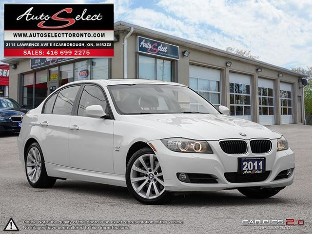 2011 BMW 3 Series 328 i xDrive AWD ONLY 164K! **NAVIGATION PKG** CLEAN CARPROOF in Scarborough, Ontario