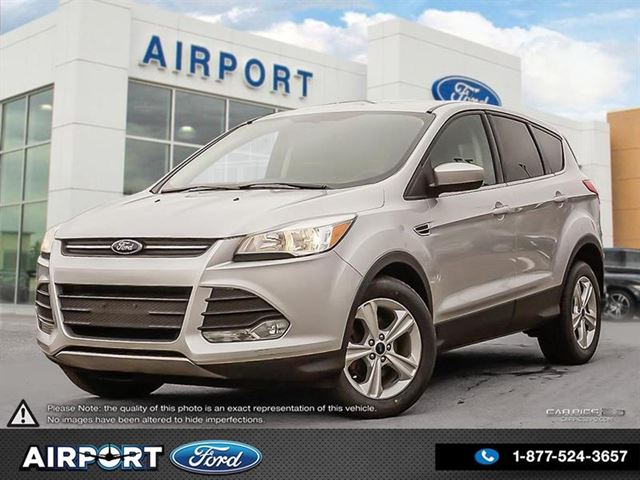 2015 FORD Escape SE FWD with only 52,845 kms in Hamilton, Ontario