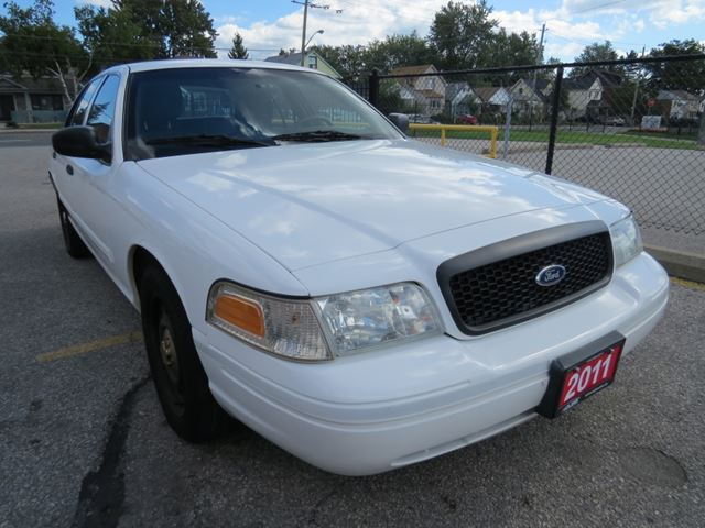 2011 FORD Crown Victoria P71 Police Interceptor in Scarborough, Ontario